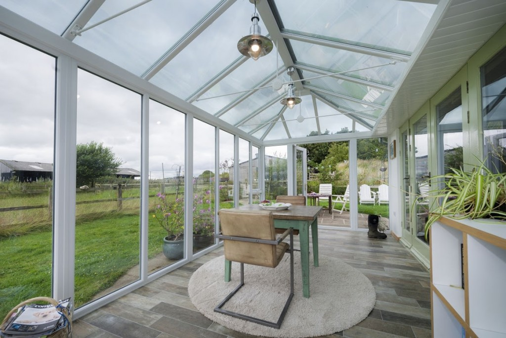 Chartwell Green on White Finish Conservatory (2015_10_15 10_41_56 UTC)